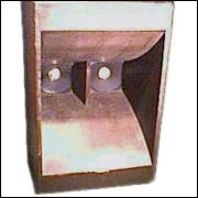 Caixa de PA mod JBL 4550.- 005 -