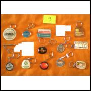Coleção de chaveiros antigos.- 155 -