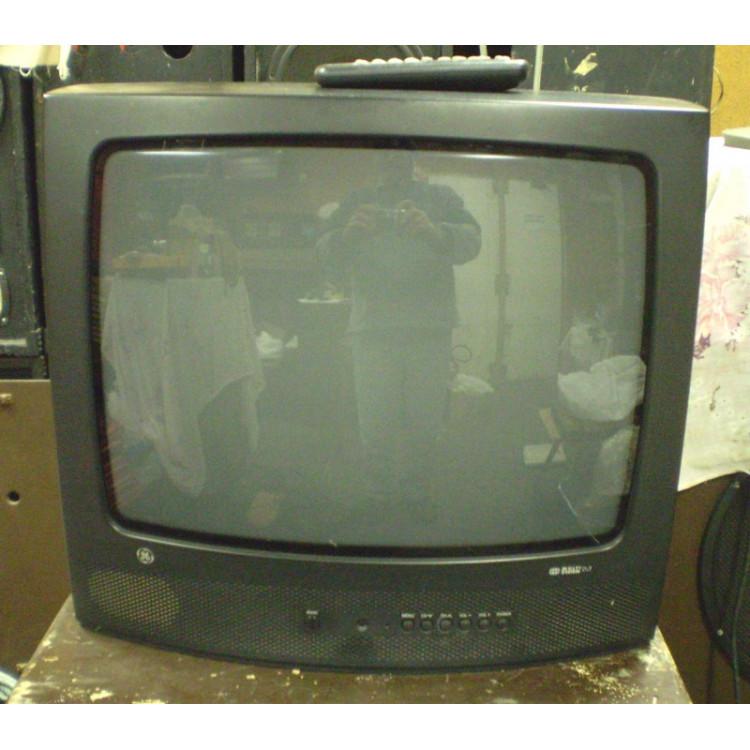 Televisor GE 20- tubo.- 200 -